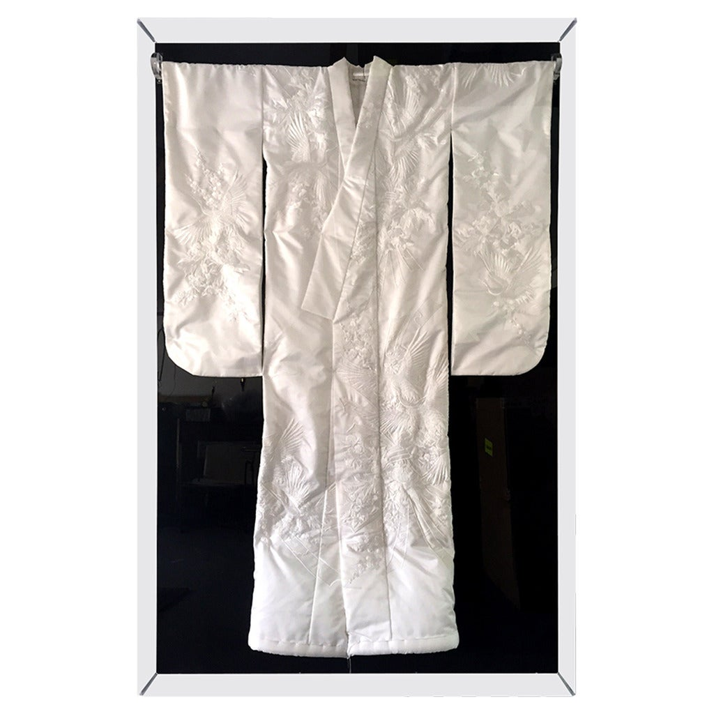 Framed Vintage Japanese Kimono in White Silk and Embroidery
