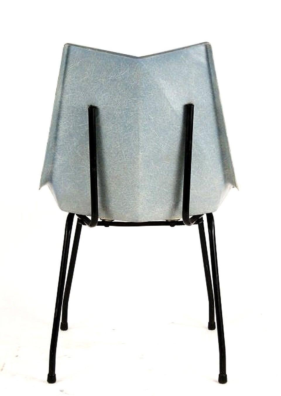 Mid-Century Modern Fiberglass Origami Chair by Paul McCobb For Sale