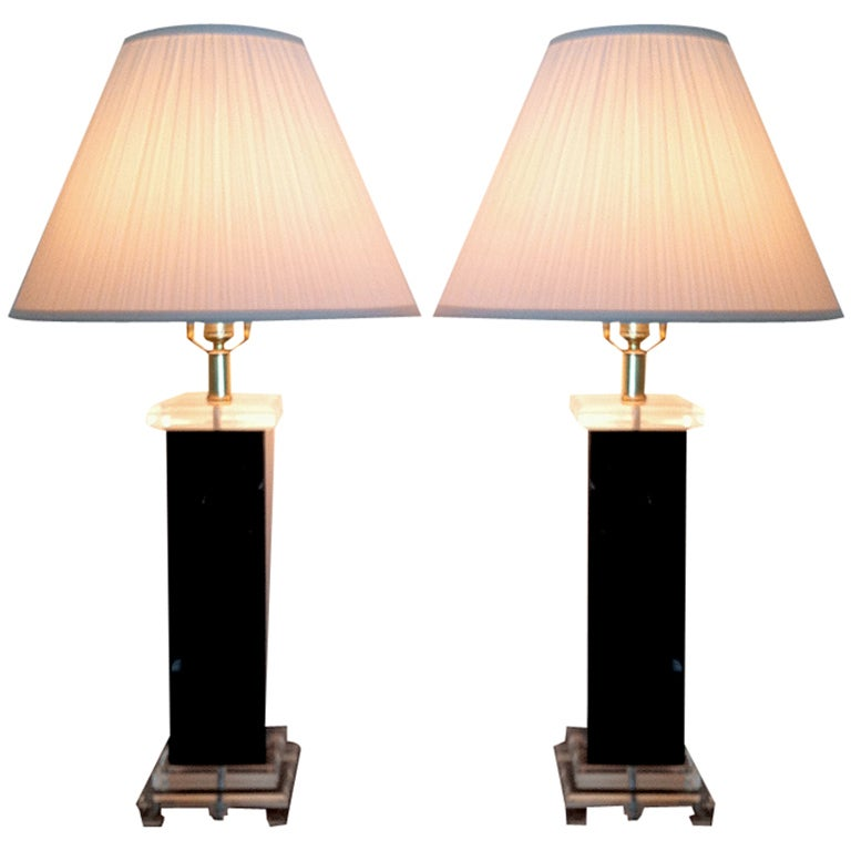 Pair Of Vintage Lucite Table Lamps Bauer Clearlite At 1stdibs