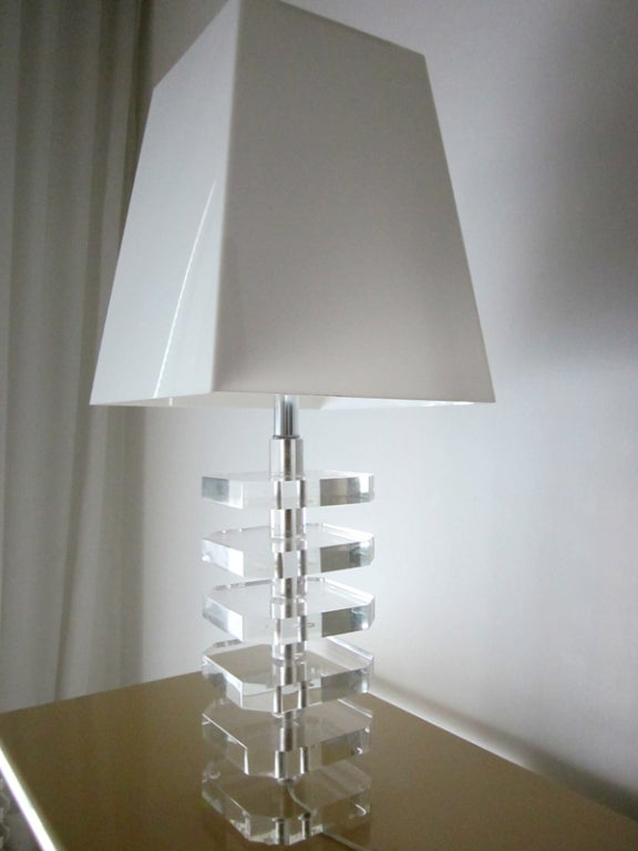 Pair Stunning Vintage Lucite Lamps With Acrylic Shades At