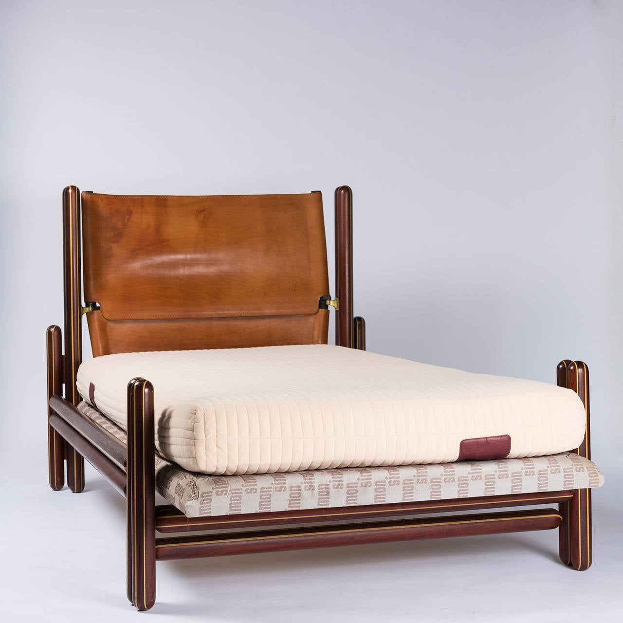 Toledo Bed By Carlo Scarpa By Simon Gavina For Sale At 1stdibs