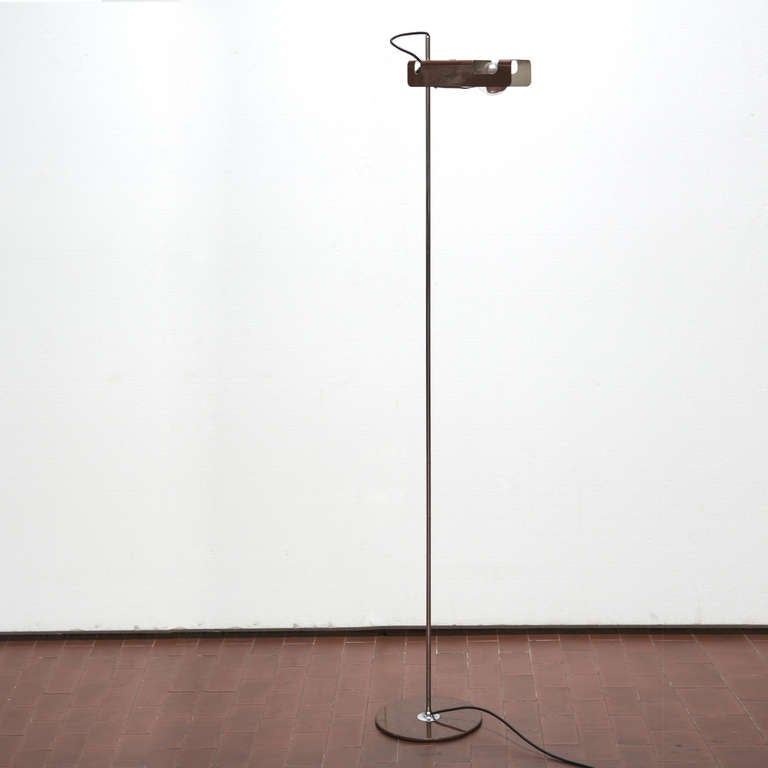 spider floor lamp by joe colombo for o luce for sale at 1stdibs. Black Bedroom Furniture Sets. Home Design Ideas