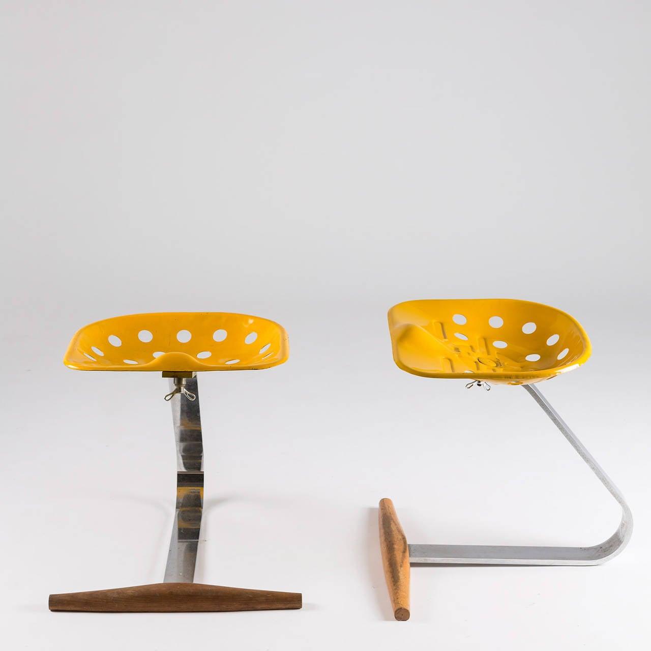Pair of quotMezzadroquot Stools by Castiglioni for Zanotta For  : V3A1332l from www.1stdibs.com size 1280 x 1280 jpeg 53kB