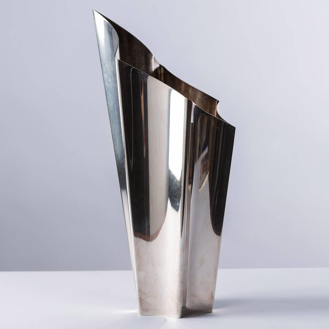 alaska silver plated vase by lino sabattini for. Black Bedroom Furniture Sets. Home Design Ideas