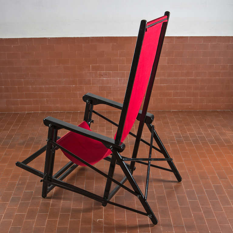 Italian Folding Deck Chair For Sale at 1stdibs