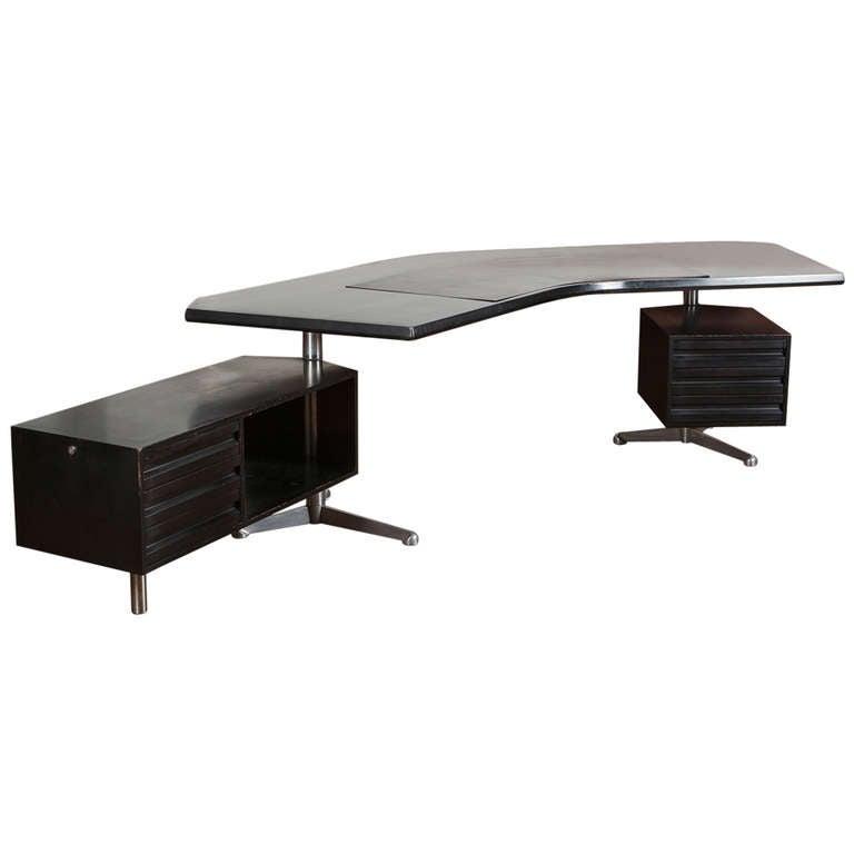 """Desk Model """"T69"""" by Osvaldo Borsani for Tecno"""