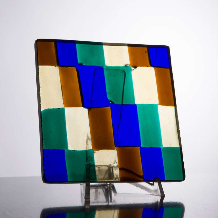 Glass sculpture by Fulvio Bianconi for Venini. Colored glass block used as sample to compose screens, large windows or as single sculptures. Also available from the same design other pieces.