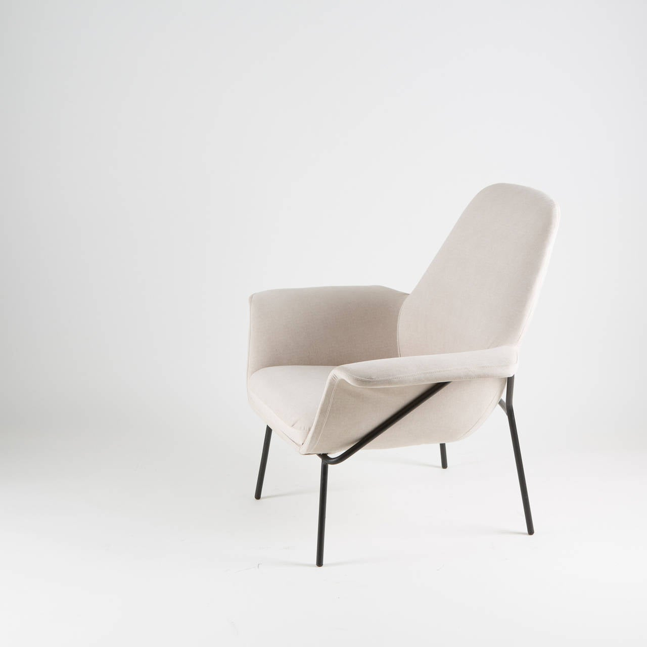 "Italian ""Lucania"" Armchair with Ottoman by Giancarlo De Carlo for Arflex For Sale"