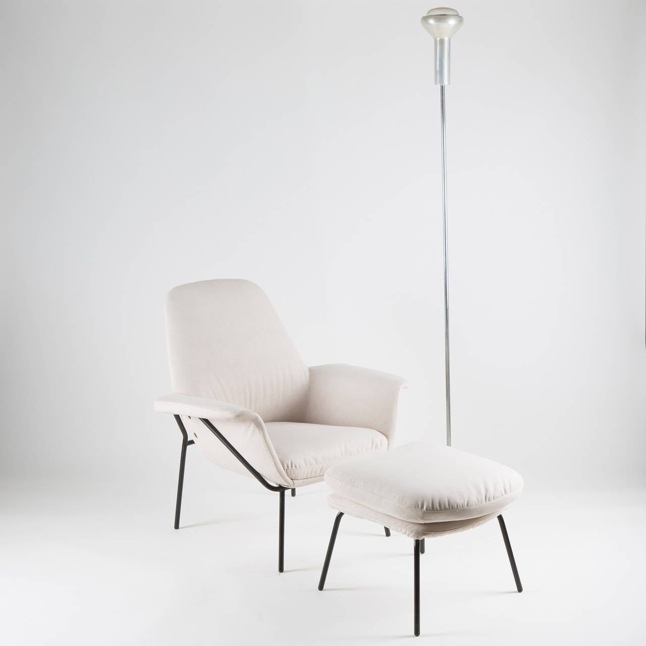 """Lucania"" Armchair with Ottoman by Giancarlo De Carlo for Arflex For Sale 4"