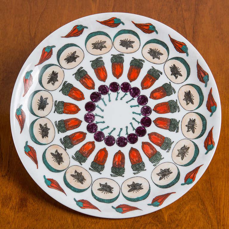 """Set  of 6 """"Giostra di Frutta"""" Dinner Plates By Piero Fornasetti 5"""