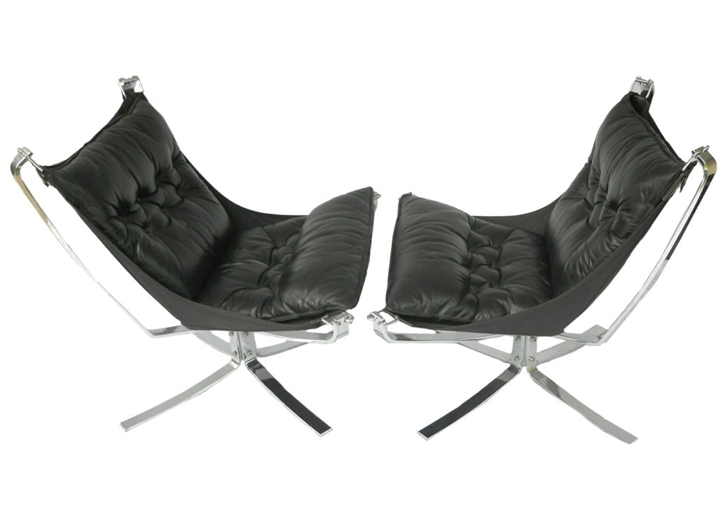 Pair Mid-Century Falcon chairs Chrome Leather Sigurd Resell In Excellent Condition For Sale In Wayne, NJ