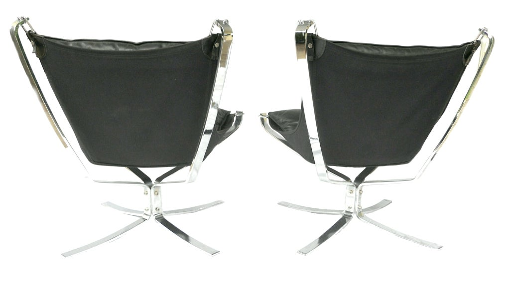 Late 20th Century Pair Mid-Century Falcon chairs Chrome Leather Sigurd Resell For Sale