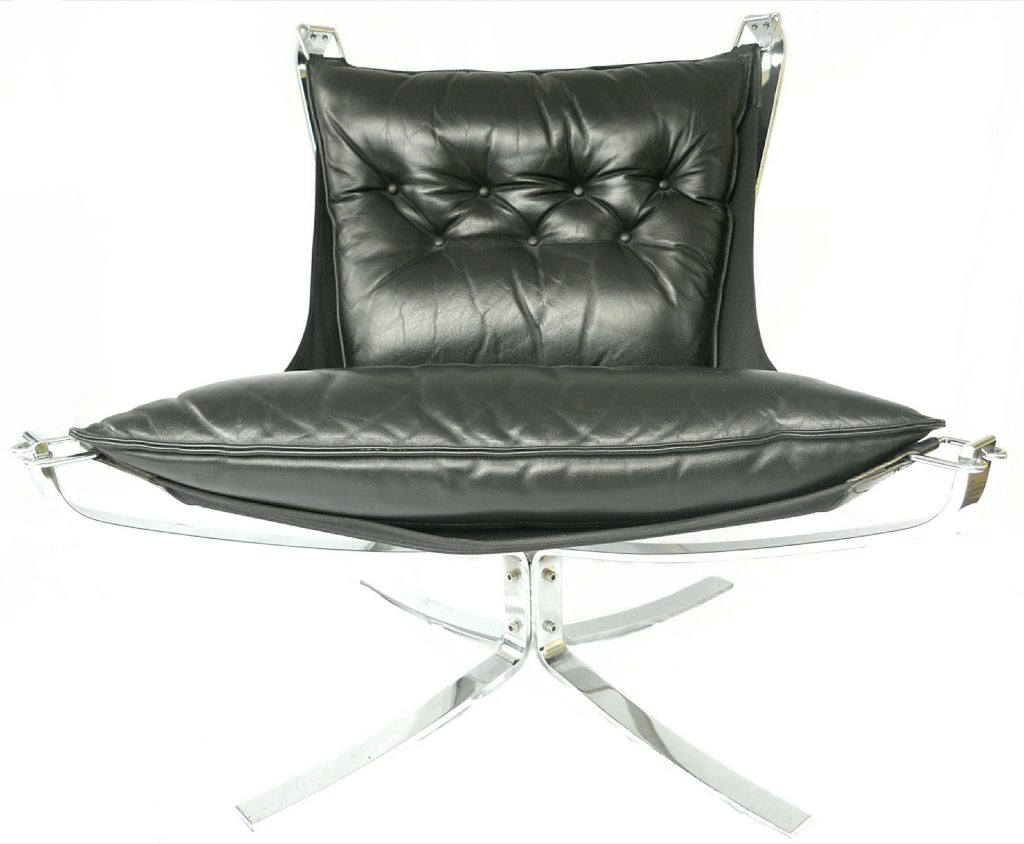 Pair Mid-Century Falcon chairs Chrome Leather Sigurd Resell For Sale 3