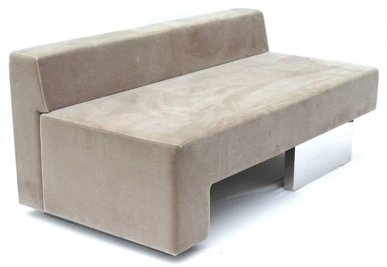 Vladimir Kagan Omnibus Sofa For Gucci 3