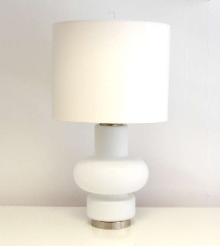 White Blown Glass Table Lamp at 1stdibs