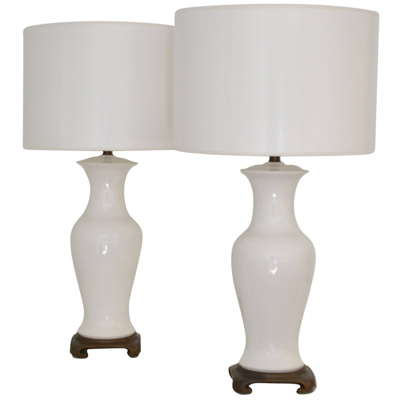 Pair of blanc de chine balustrade form table lamps at 1stdibs for Table de chine