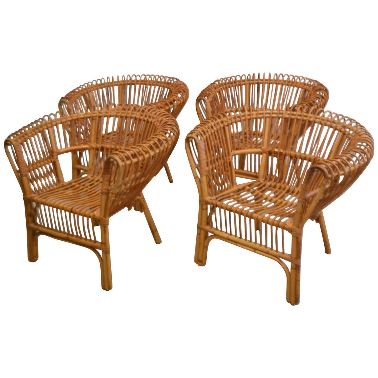 Italian Rattan Lounge Chair 1