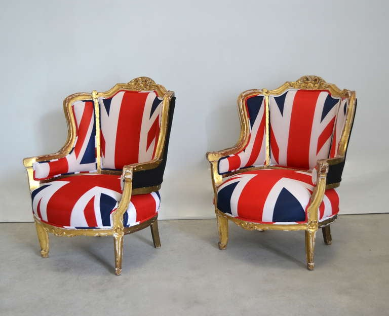 Pair of French Louis XV Style Bergeres In Distressed Condition For Sale In West Palm Beach, FL