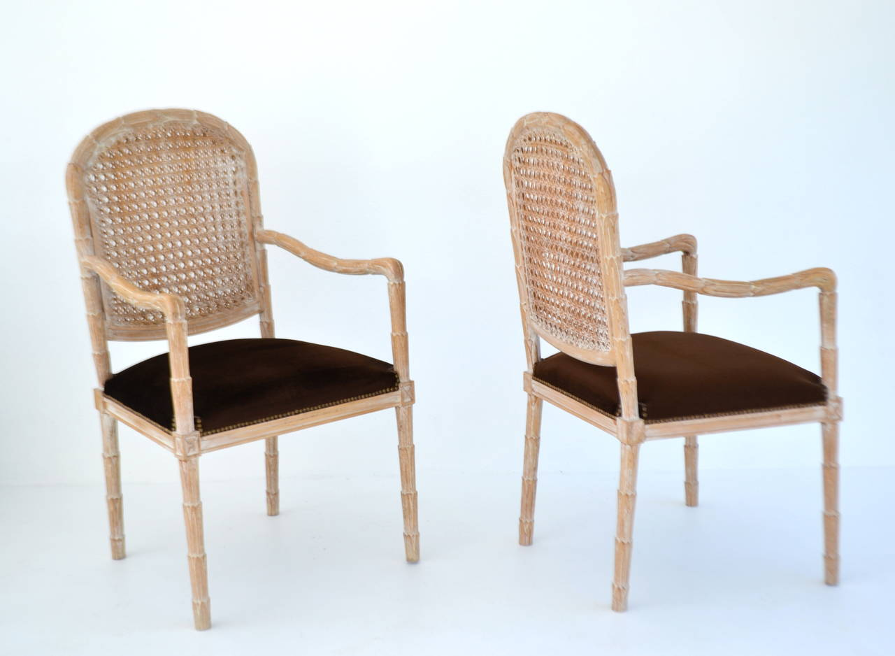 Hollywood Regency Pair of Italian Hand-Carved Hall Chairs by Boffi For Sale