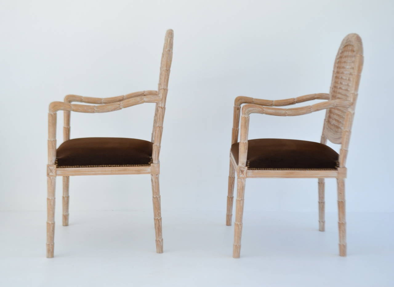 Pair of Italian Hand-Carved Hall Chairs by Boffi In Excellent Condition For Sale In West Palm Beach, FL
