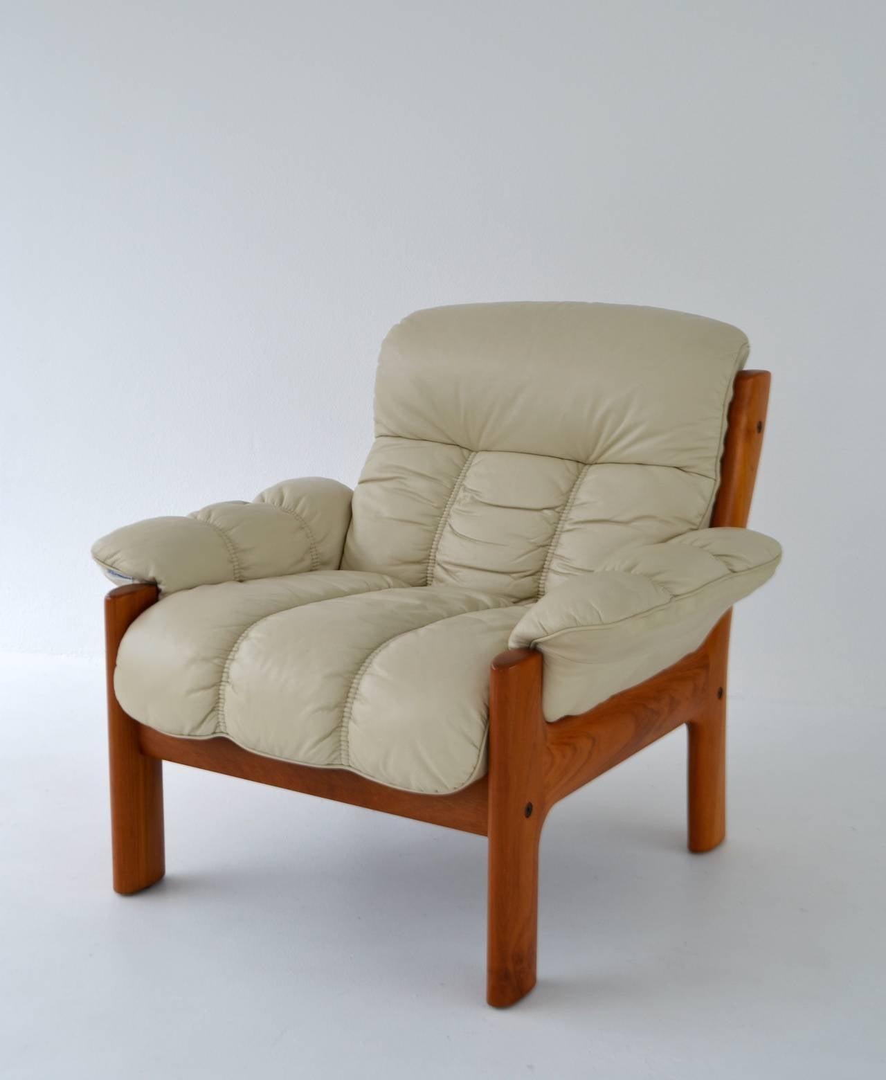 Postmodern Leather and Teak Club Chair by J E Ekornes For Sale