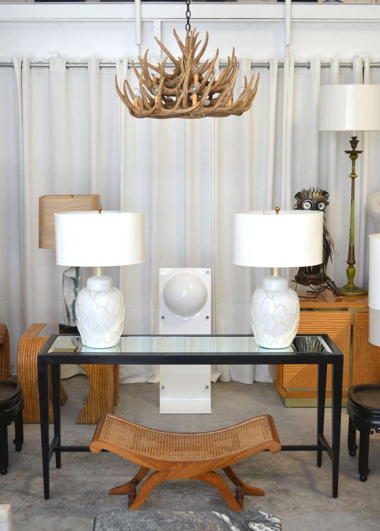 Pair of blanc de chine table lamps at 1stdibs for Table de chine