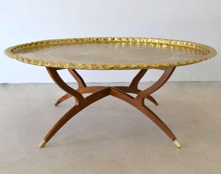 Round brass tray top coffee table at 1stdibs Brass round coffee table