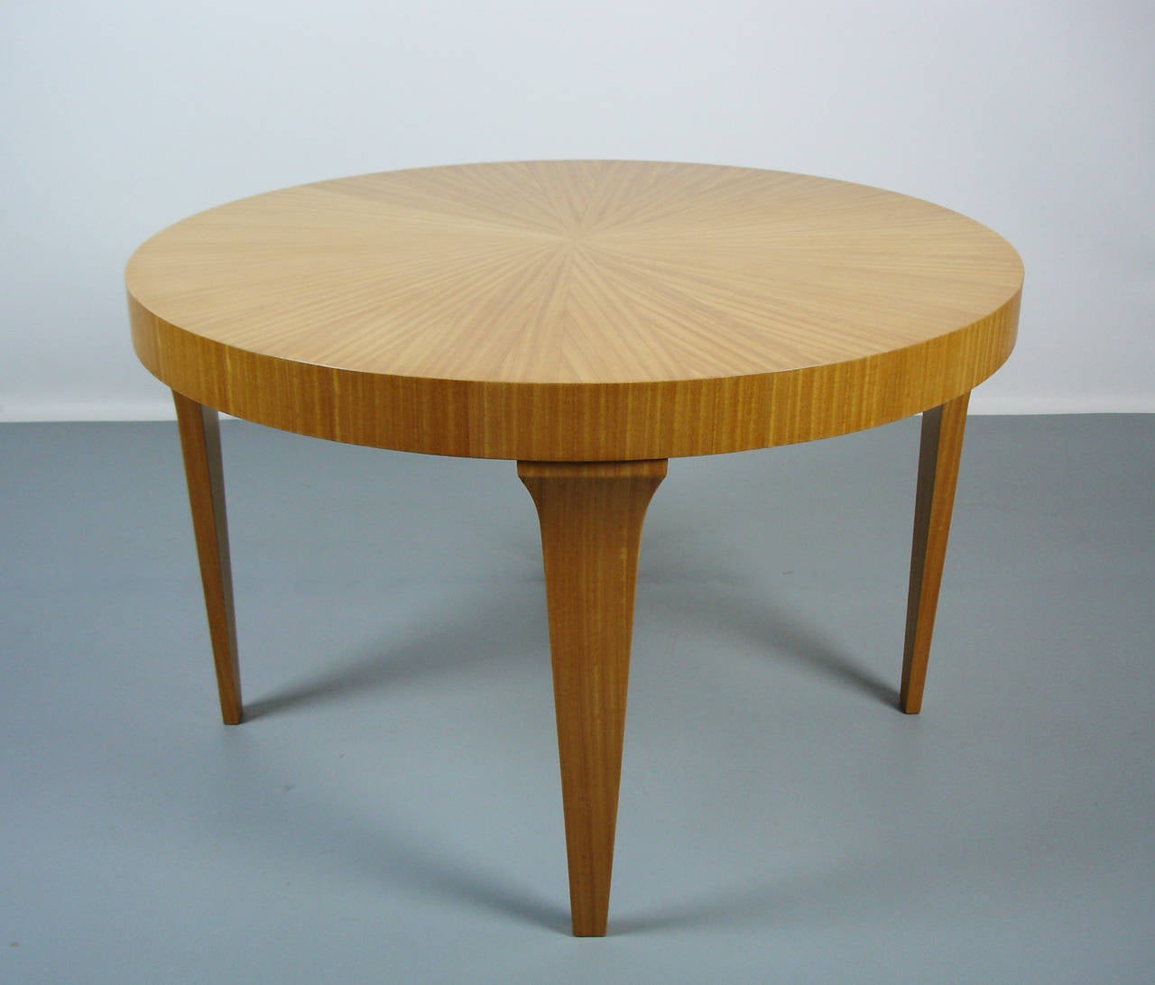 Coffee Table 1950s: A Circular 1950's Coffee Table For Sale At 1stdibs