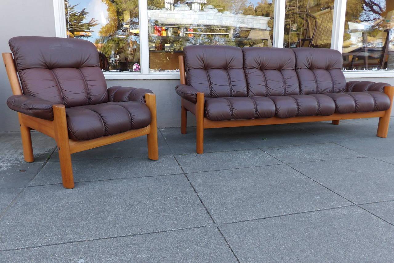 Teak Scandinavian Modern Leather Sofa And Lounge Chair At 1stdibs