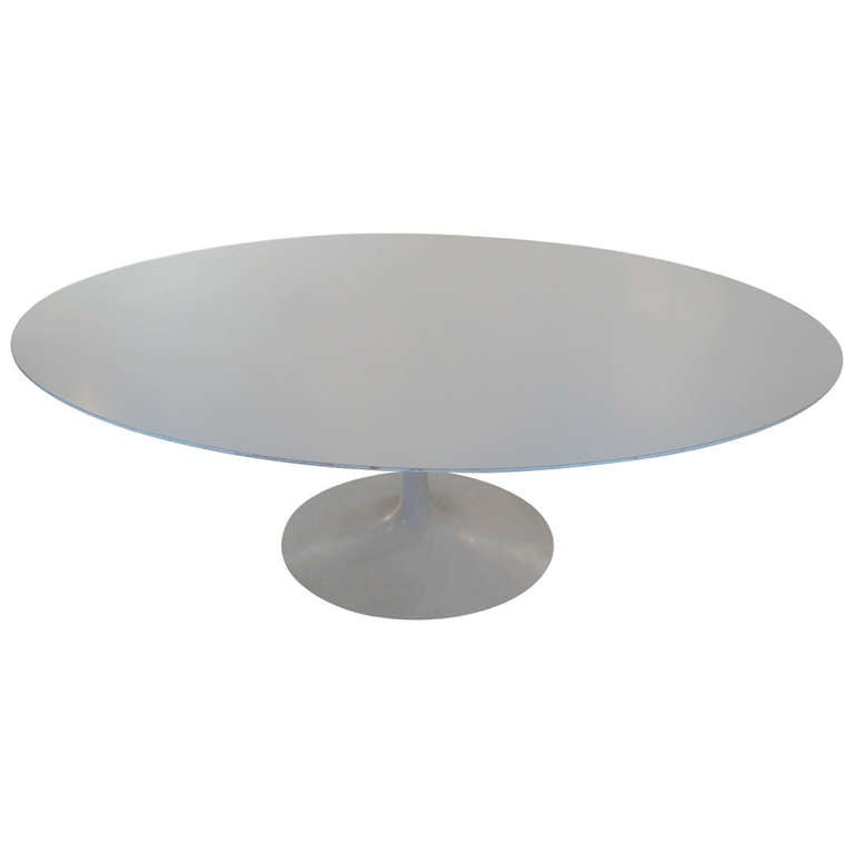 Eero Saarinen for Knoll Associates Elliptical Tulip Base Dining