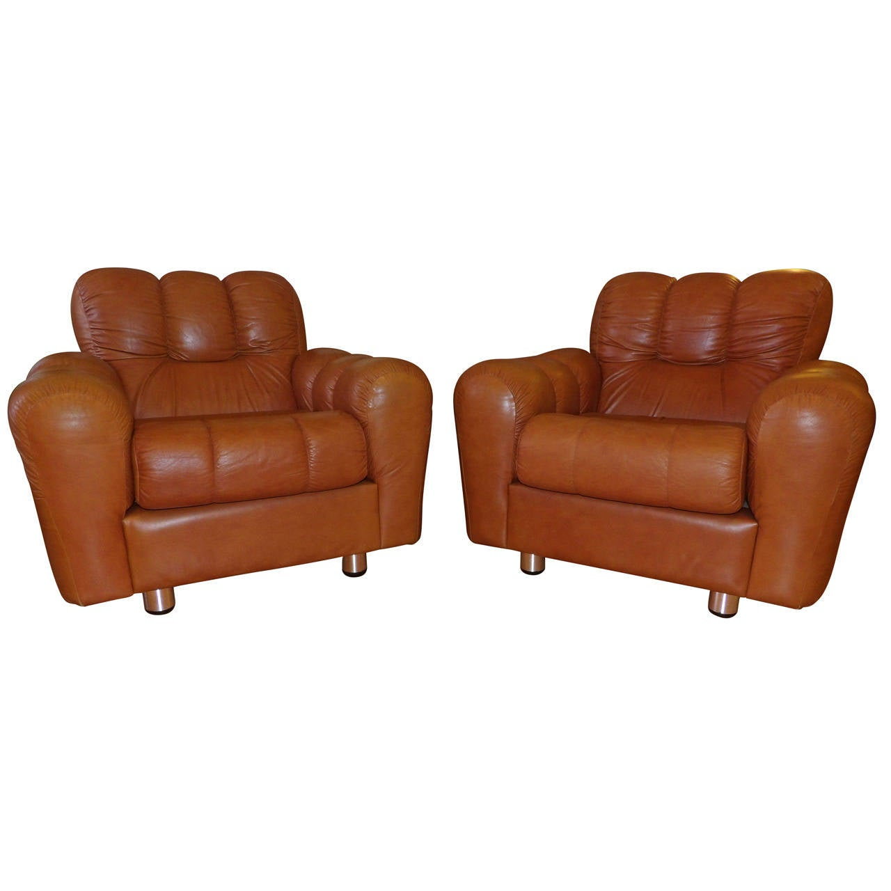 Pair of Oversized Leather Lounge Chairs at 1stdibs