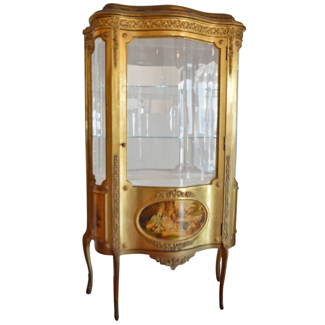 19th century louis xv style gilt vitrine with vernis martin paintings at 1stdibs. Black Bedroom Furniture Sets. Home Design Ideas