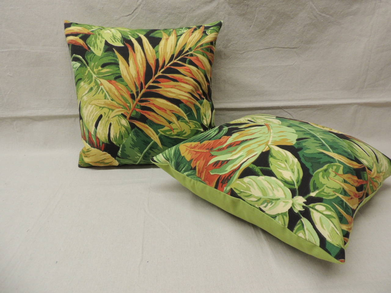 Decorative Pillows Tropical : Pair of Green Tropical Leaf Barkcloth Decorative Pillows For Sale at 1stdibs