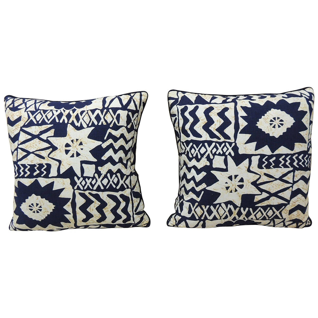 Vintage Decorative Pillow : Vintage Pair of Blue and White Graphic Barkcloth Decorative Pillows For Sale at 1stdibs