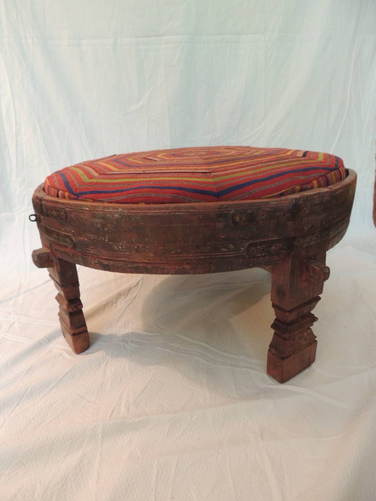 Moroccan carved tribal wood ottoman table at 1stdibs for Tribal carved coffee table