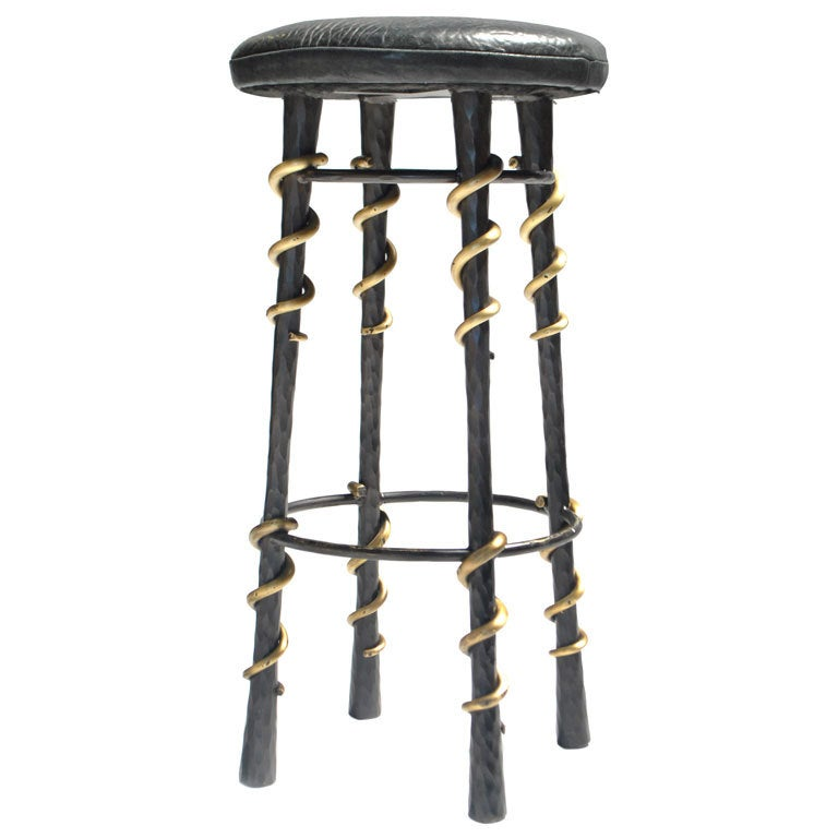 Serpent Stool 1