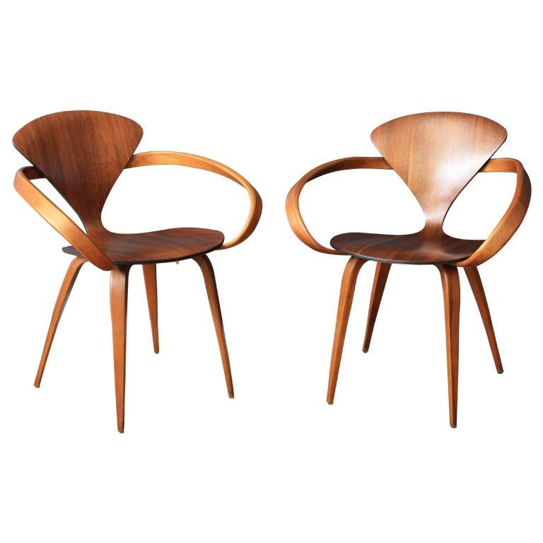 pair of vintage cherner pretzel chairs 1