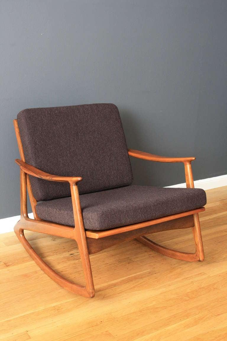 Mid Century Modern Rocking Chair At 1stdibs