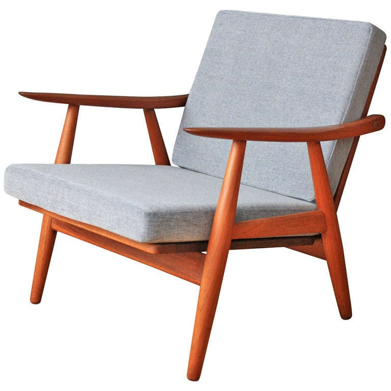 this danish modern lounge chair by hans wegner for getama gedsted is