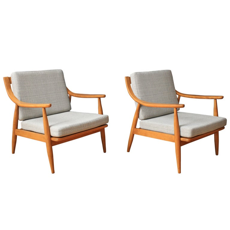 Pair Of Vintage Mid Century Lounge Chairs By Russel Wright