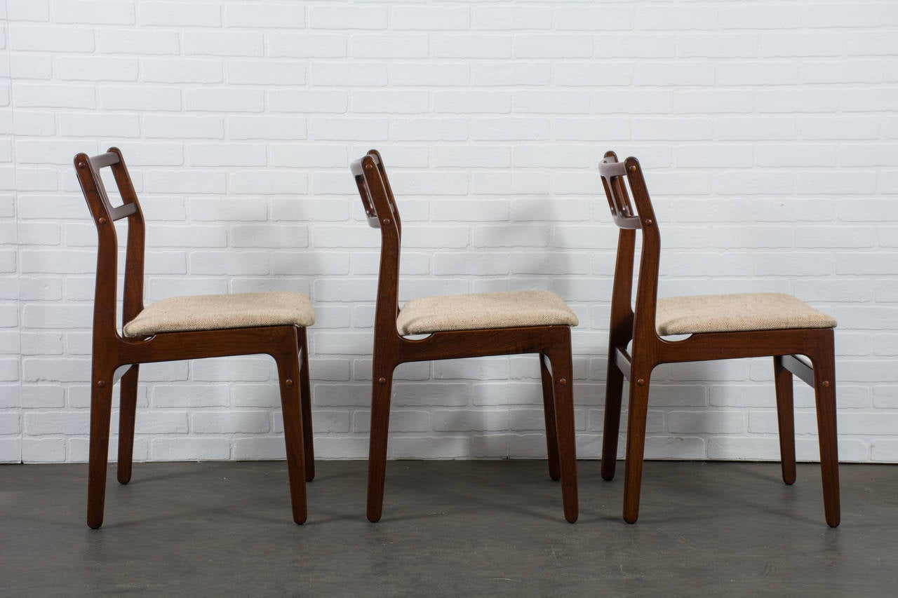 this danish modern rosewood dining set by dyrlund is no longer