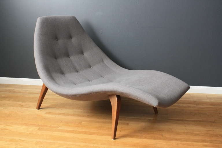 Mid century modern chaise lounge in the style of adrian for Chaise lounge contemporary