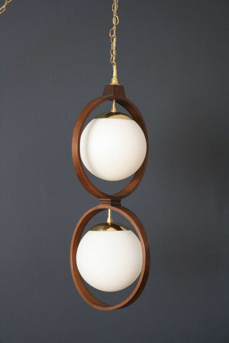 Vintage mid century modeline hanging lamp at 1stdibs for Mid century modern hanging lamp