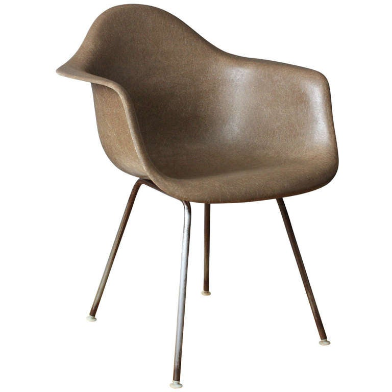 Vintage Mid Century Eames Shell Chair 1