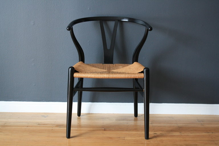 vintage wishbone chair by hans wegner at 1stdibs. Black Bedroom Furniture Sets. Home Design Ideas