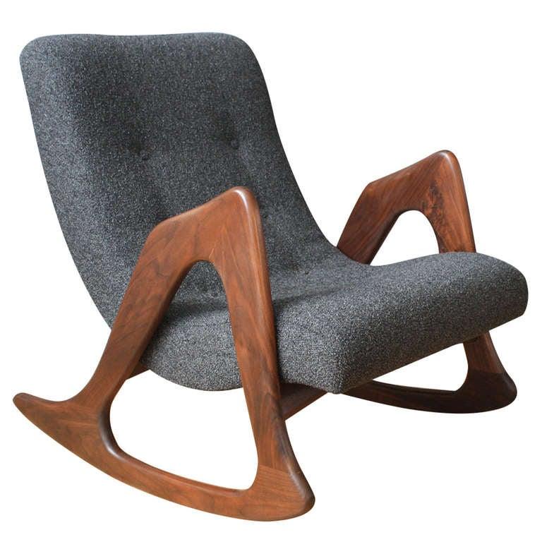 mid century modern rocking chair at 1stdibs. Black Bedroom Furniture Sets. Home Design Ideas
