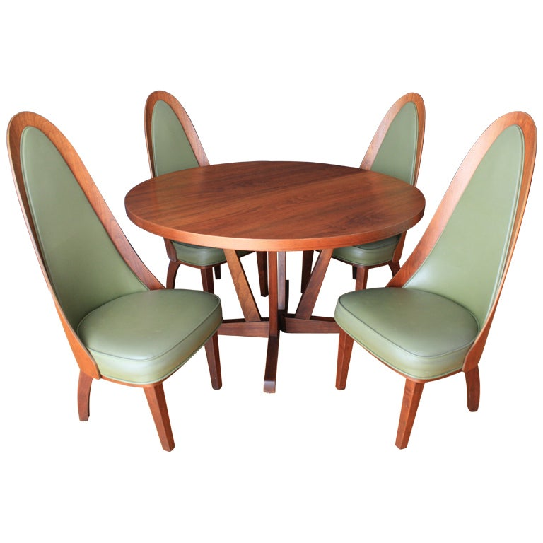 Mid Century Modern Dining Table And Chairs By Chet Beardsley At
