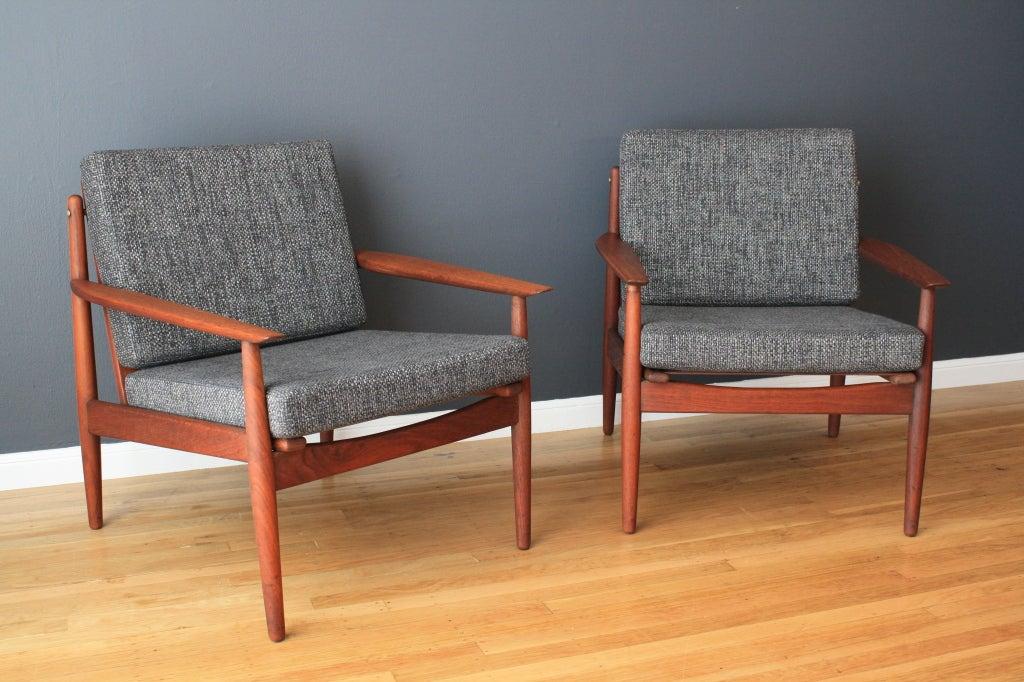 pair of danish modern grete jalk lounge chairs at 1stdibs