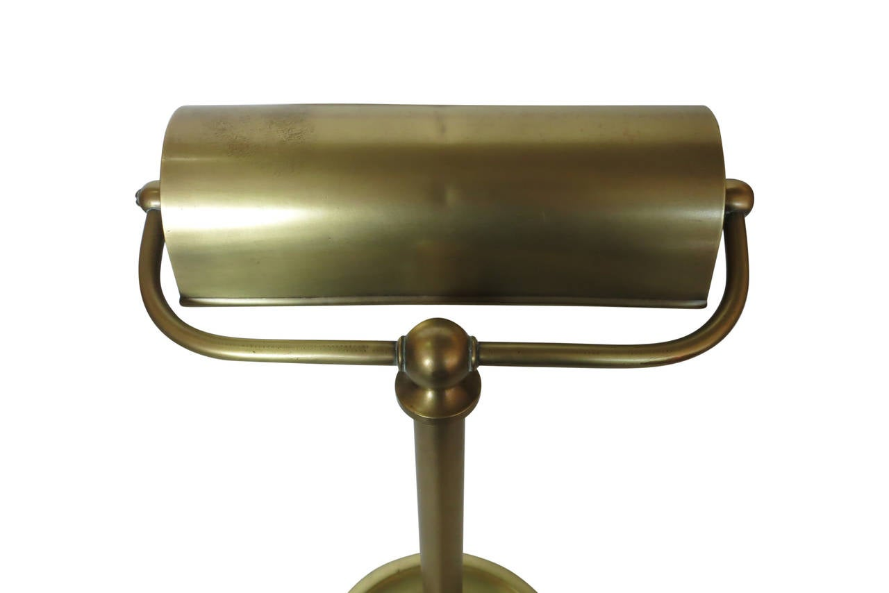 traditional solid brass bankers desk lamp circa 1930 at. Black Bedroom Furniture Sets. Home Design Ideas