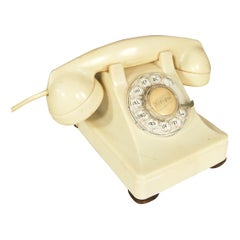 White 1930s Glamour Bakelite Telephone by Bell Systems
